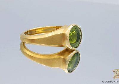 Goldschmiede Lotos Berlin_Ohrschmuck Ring (11)