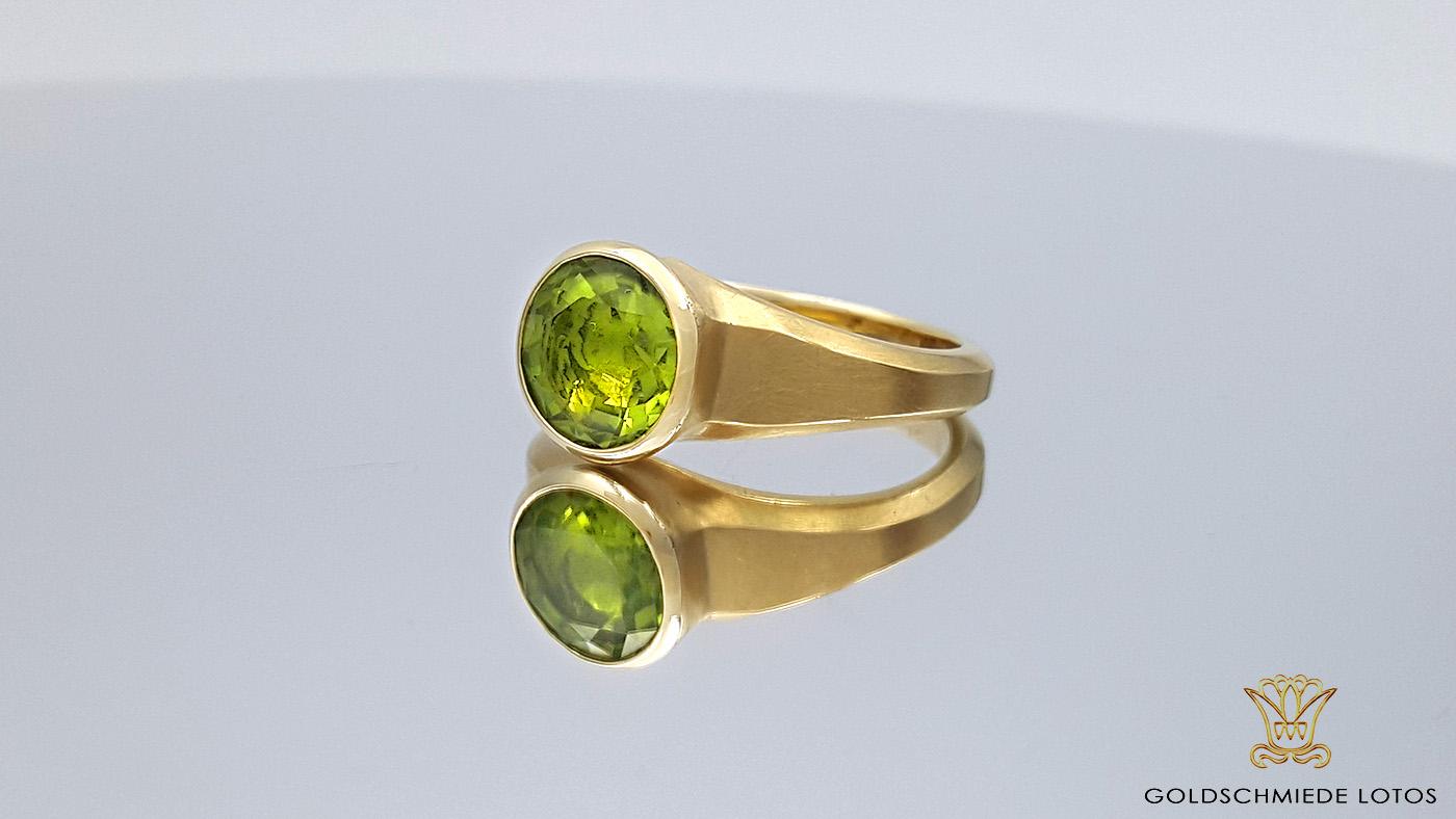 Goldschmiede Lotos Berlin_Ohrschmuck Ring (12)