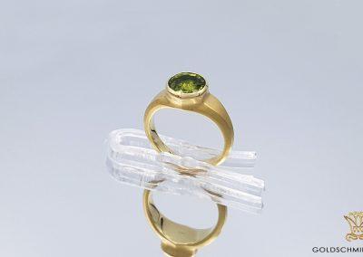 Goldschmiede Lotos Berlin_Ohrschmuck Ring (14)