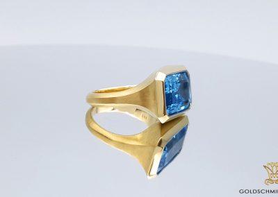 Goldschmiede Lotos Berlin_Ohrschmuck Ring (4)