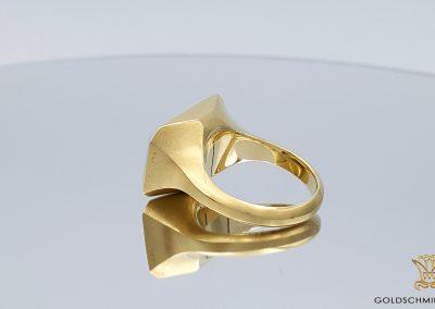 Goldschmiede Lotos Berlin_Ohrschmuck Ring (6)
